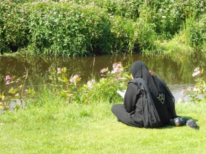 Woman reading in Pollok Park