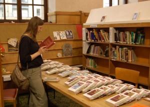 Women browsing during World Book Night 2012