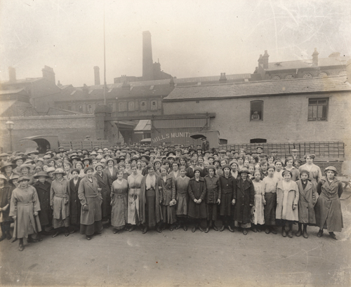 Library of Birmingham Mills Munitions Workers. Credit: Women and War